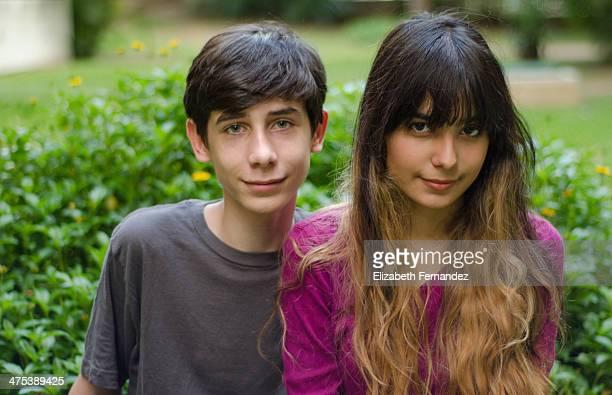 Retrato de dos chicos adolescentes