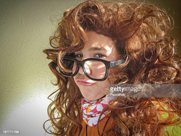Retrato divertido niña con gafas