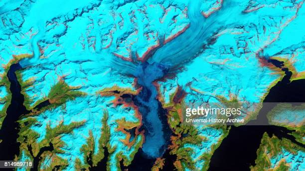 Retreat of Alaska's Columbia Glacier Satellite image shows the state of glacier melting in 2011