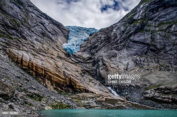 retreating glacier - retreating ストックフォトと画像