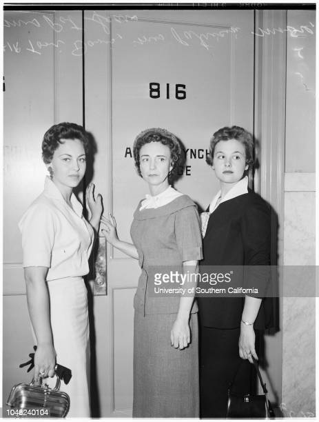 Retrial on murder charge 17 May 1955 Mrs Patricia MooreMrs Pat SearsToni DavisCaption slip reads 'Photographer Mitchell Date Reporter Keating...