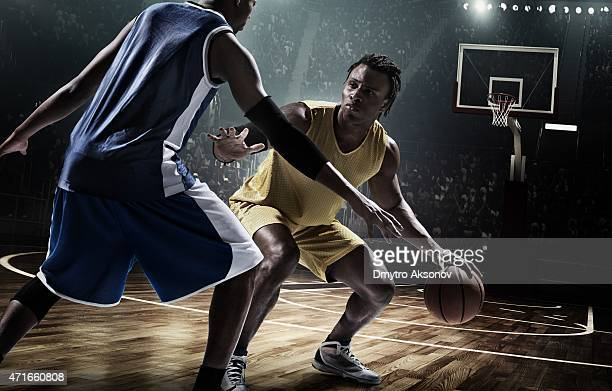 retro basketball game moment - men's field event stock pictures, royalty-free photos & images