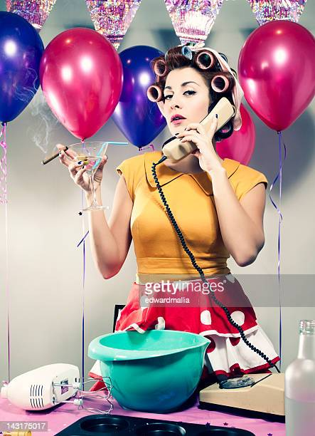 retro birthday drinking & talking - happy birthday vintage stockfoto's en -beelden
