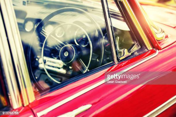 retro classic car - motor show stock pictures, royalty-free photos & images
