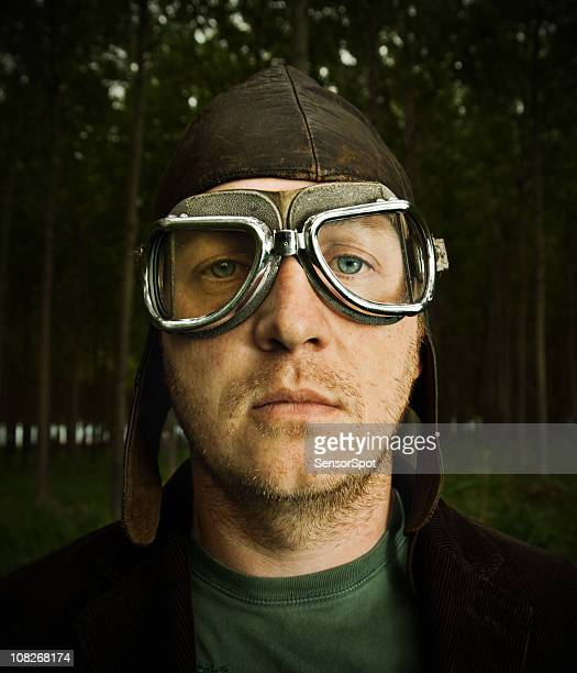 retro pilot - flying goggles stock pictures, royalty-free photos & images