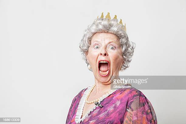 retro queen scream - queen royal person stock pictures, royalty-free photos & images