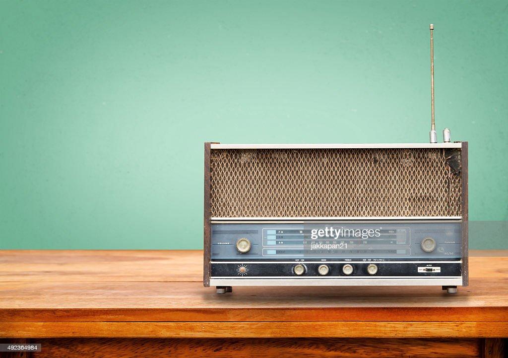 ゴルフ好きならラジオも押さえておけ!