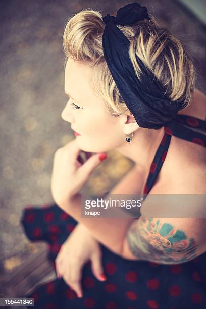 Frau Retro-Rockabilly