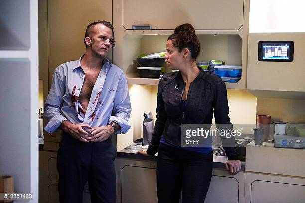 THE EXPANSE Retrofit Episode 106 Pictured Thomas Jane as Detective Josephus Miller Athena Karkanis as Octavia Muss