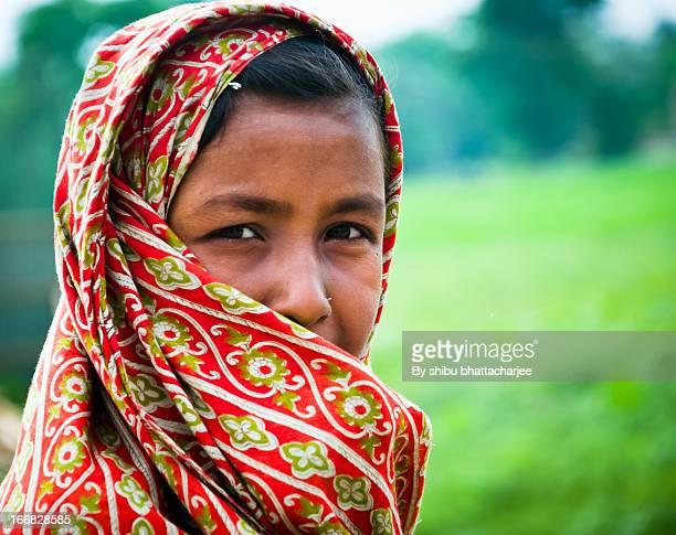 return home on the way - bangladesh stockfoto's en -beelden