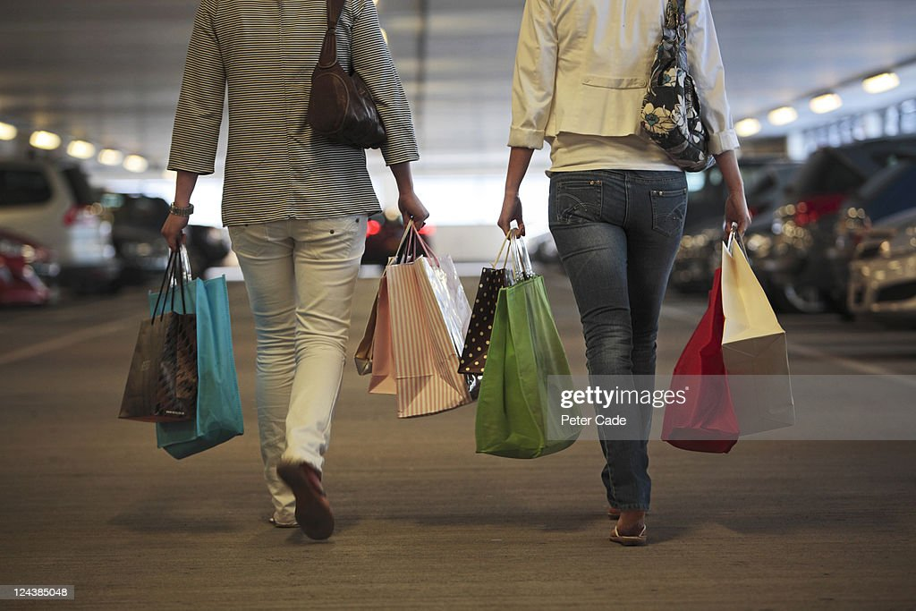returning to car after shopping : Stock Photo