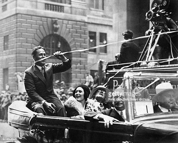 Returning with British Open and amateur golf championships Bobby Jones received huge New York welcome This ticker tape streamer ensnared him as he...
