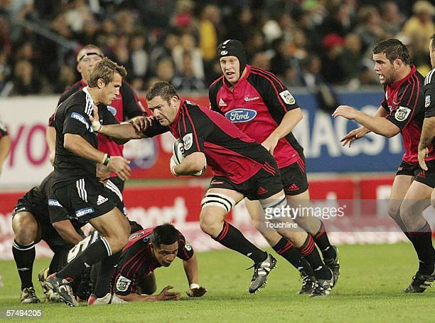 APRIL 29 Reuben Thorne attacks during the Super 14 match between the Vodacom Stormers and Crusaders at Newlands stadium on April 29 2006 in Cape Town...