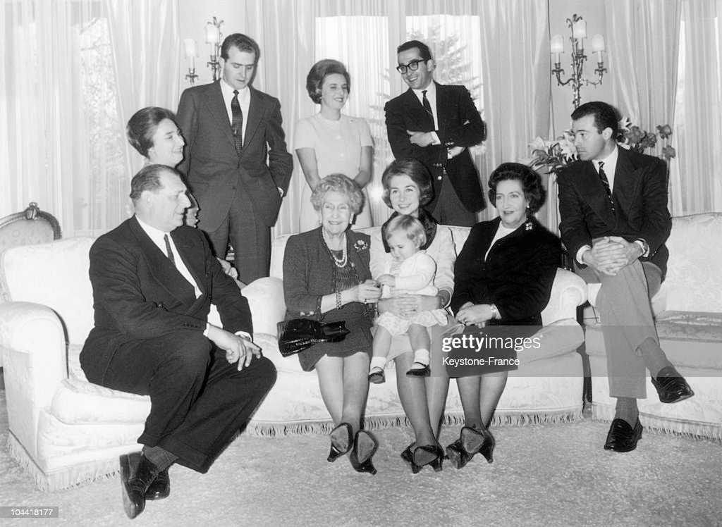 The Spanish Royal Family In Lausanne In 1965 : News Photo