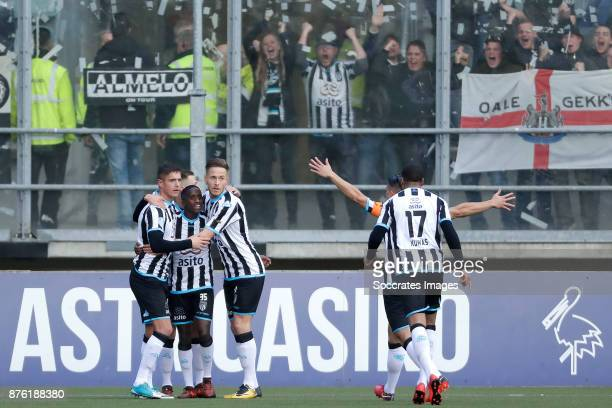 Reuven Niemeijer of Heracles Almelo celebrates 0-1 with Kristoffer Peterson of Heracles Almelo, Jamiro Monteiro of Heracles Almelo, Joey Pelupessy of...