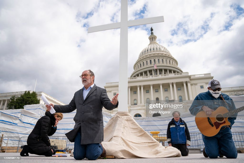 Christians Celebrate Good Friday In Washington, D.C. : News Photo