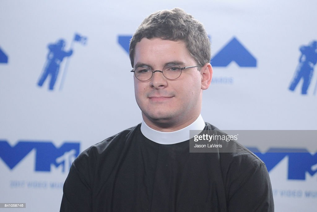 Rev. Robert Wright Lee IV poses in the press room at the 2017 MTV Video Music Awards at The Forum on August 27, 2017 in Inglewood, California.
