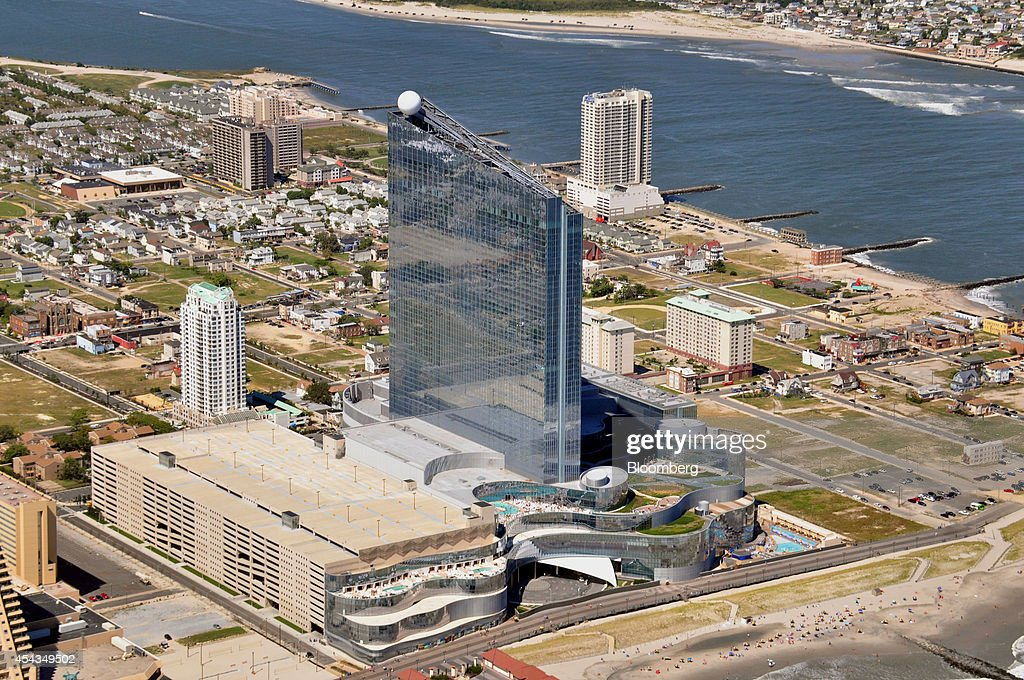 atlantic city singles over 50 New jersey nightclubs share on facebook + share on haven is one of atlantic city's prime party destinations with world class djs, cutting edge light displays.