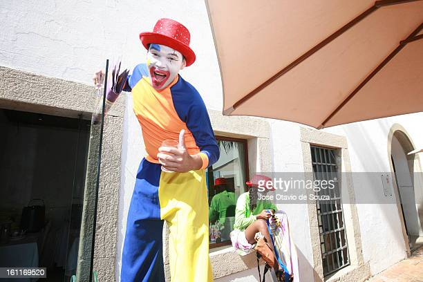 Revelers enjoy during Galo da Madrugada celebration on February 9 2013 in Recife Brazil Galo da Madrugada has the current Guinness World record of...