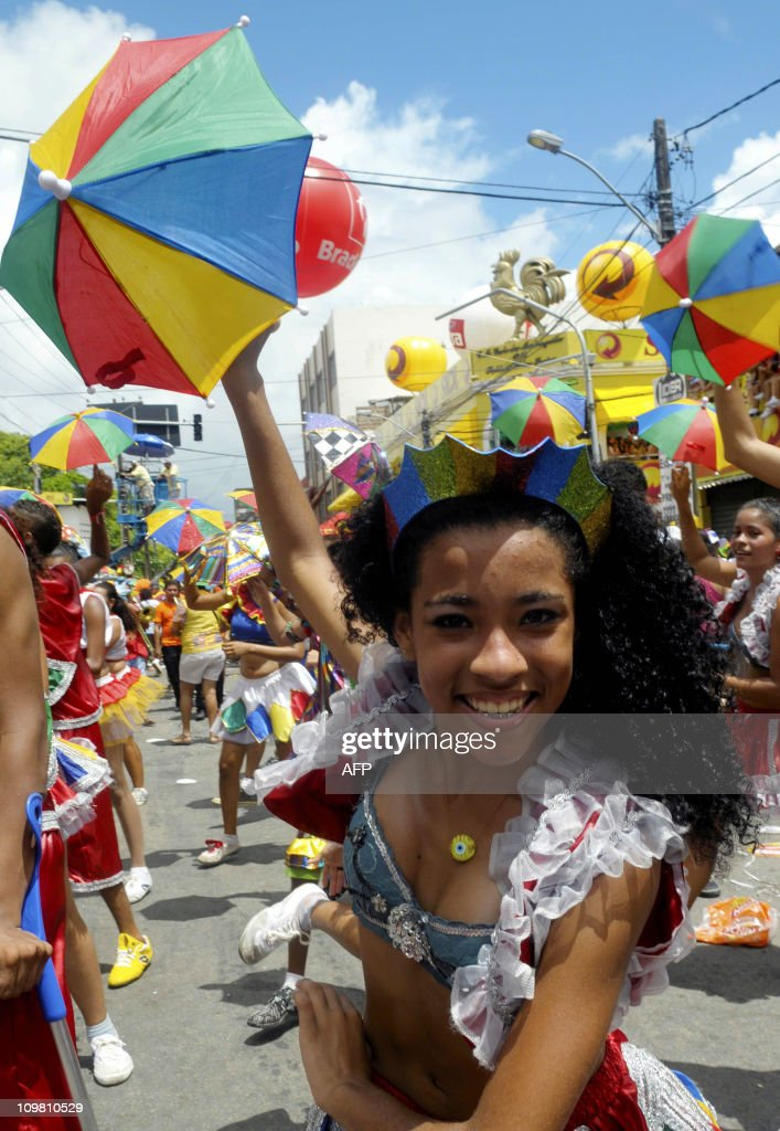 A reveller dances the traditional frevo, : News Photo