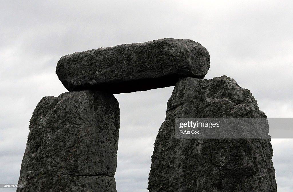 Winter Solstice Celebrated At Stonehenge : News Photo