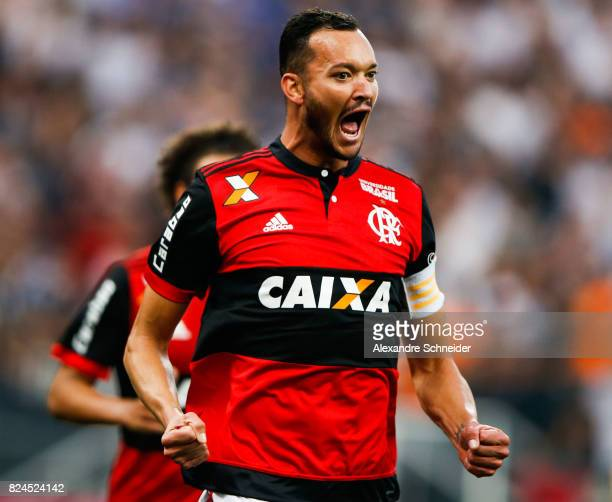 Rever of Flamengo celebrates their first goal during the match between Corinthians and Flamengo for the Brasileirao Series A 2017 at Arena...