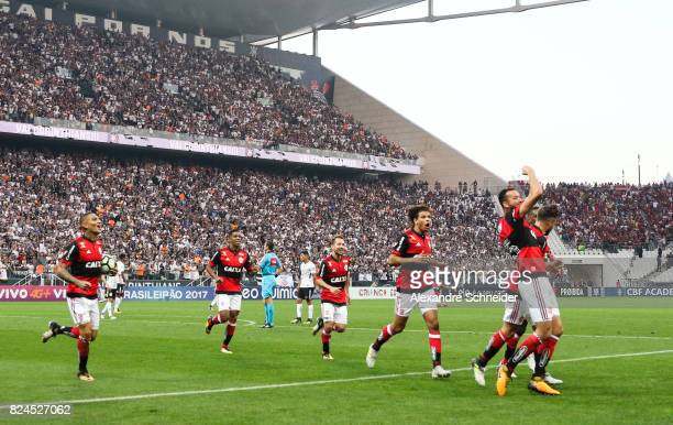Rever of Flamengo celebrates with his team mates their first goal during the match between Corinthians and Flamengo for the Brasileirao Series A 2017...