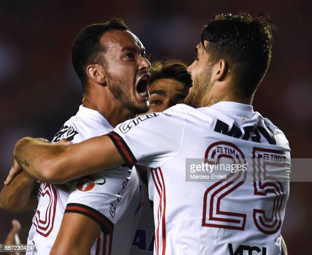 Rever of Flamengo celebrates with teammates after scoring the first goal of his team during the first leg of the Copa Sudamericana 2017 final between...
