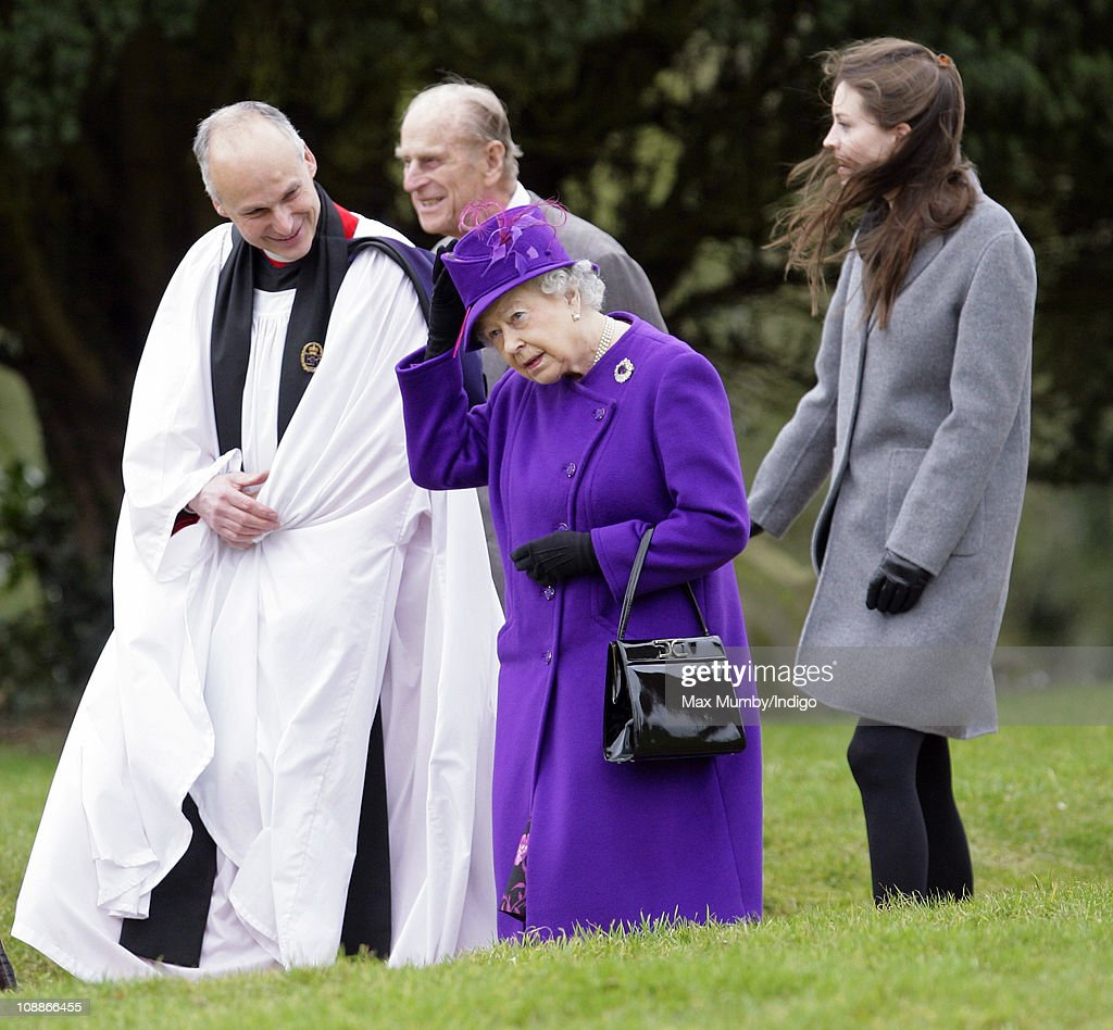 Queen Elizabeth II Attends Church Service on 59th Anniversary of her Accession to the Throne : News Photo