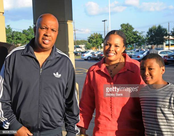 Reverend Run Justine Simmons and Russell Simmons II promote Take Back Your Family How to Raise Respectful and Loving Kids in a Dysfunctional World at...