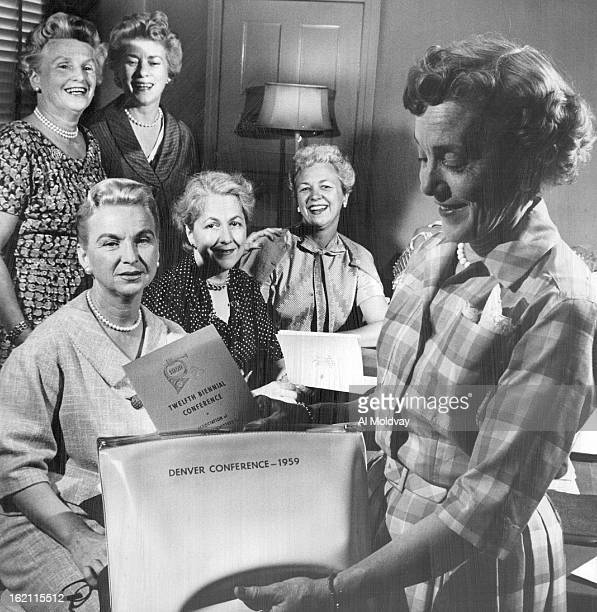 JUL 14 1958 JUL 14 1959 Reviewing Plans for Denver Conference Members of the steering committee of the Assn of Women's Committees for Sym¡phony...