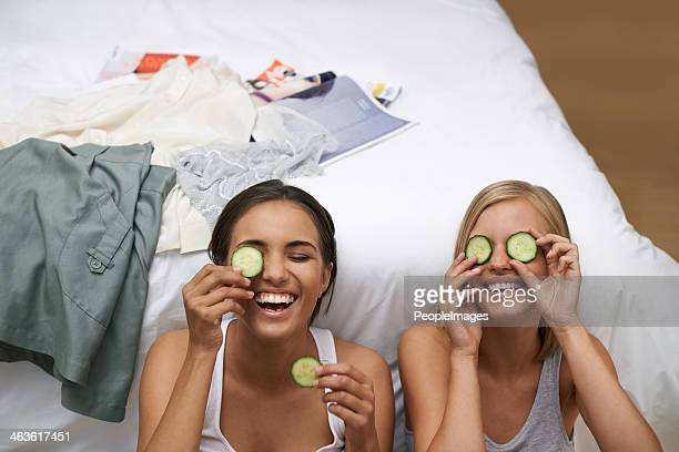 Revitalizing their eyes with cucumbers