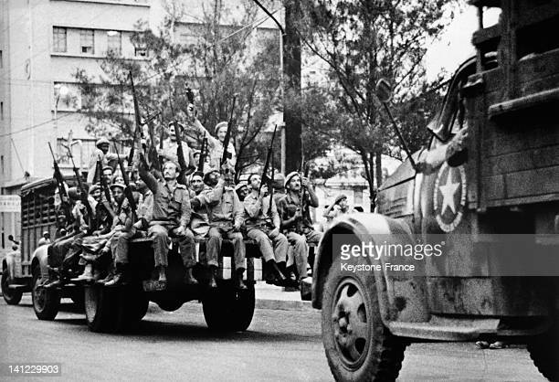 Revolutionary militias acclaimed by the crowd after the announcement of Cuba blockade by US President John F Kennedy and general mobilization by...