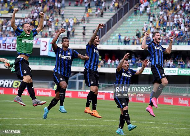 Rey Manaj Fredy Guarin Mauro Icardi Gary Medel and Davide Santon celebrate at the end of the Serie A match between AC Chievo Verona and FC...