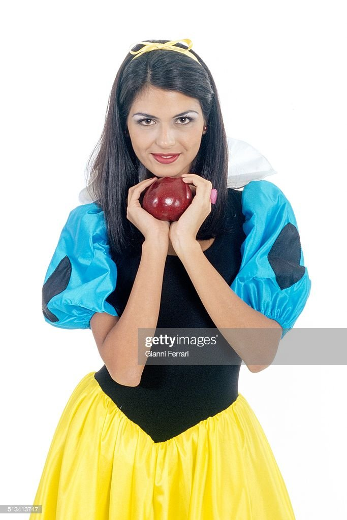 "Reyes, Miss Spain 1995, on a photo shoot like ""Snow White"", 23rd November 1995, Madrid, Spain. (Photo by Gianni Ferrari/Cover/Getty Images)."