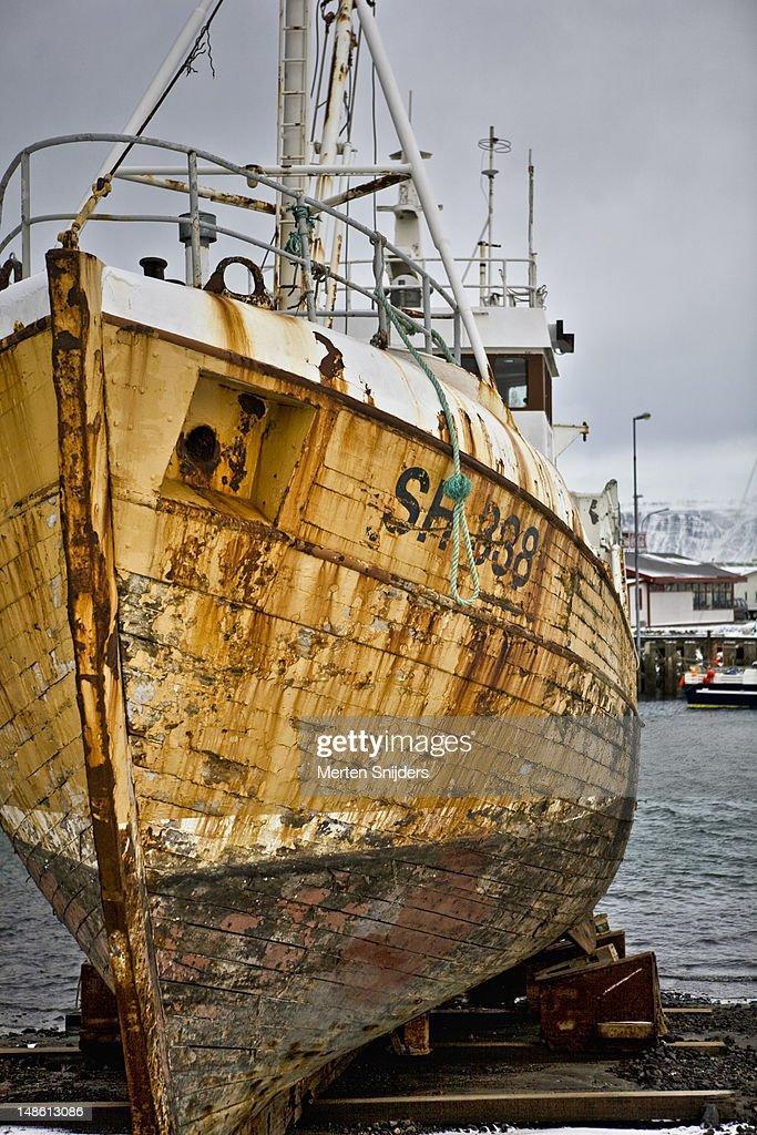 Reykjavik harbour boat repair. : Stockfoto