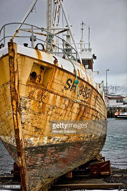 reykjavik harbour boat repair. - merten snijders stock pictures, royalty-free photos & images