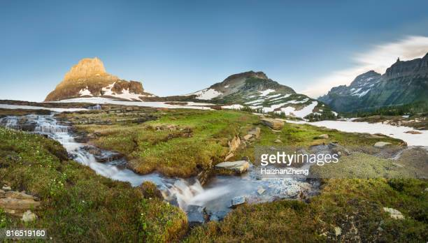reynolds mountain at logan pass, glacier national park - utah stock pictures, royalty-free photos & images