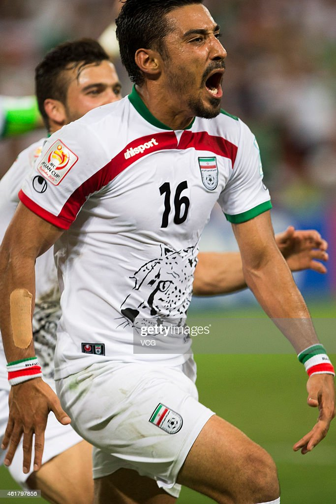 Reza Ghoochannejhad #16 of Iran celebrate his goal with teammates during the 2015 Asian Cup match between IR Iran and the UAE at Suncorp Stadium on January 19, 2015 in Brisbane, Australia.
