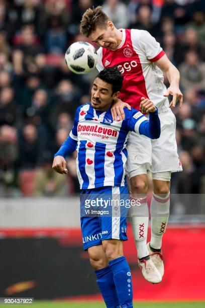 Reza Ghoochannejhad of sc Heerenveen Maximilian Max Wober of Ajax during the Dutch Eredivisie match between Ajax Amsterdam and sc Heerenveen at the...
