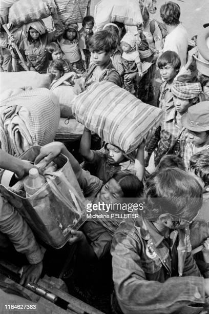 Réfugiés cambodgiens dans un camp géré par Médecins Sans Frontières à Aranyaprathet le 6 février 1980, Thaïlande.