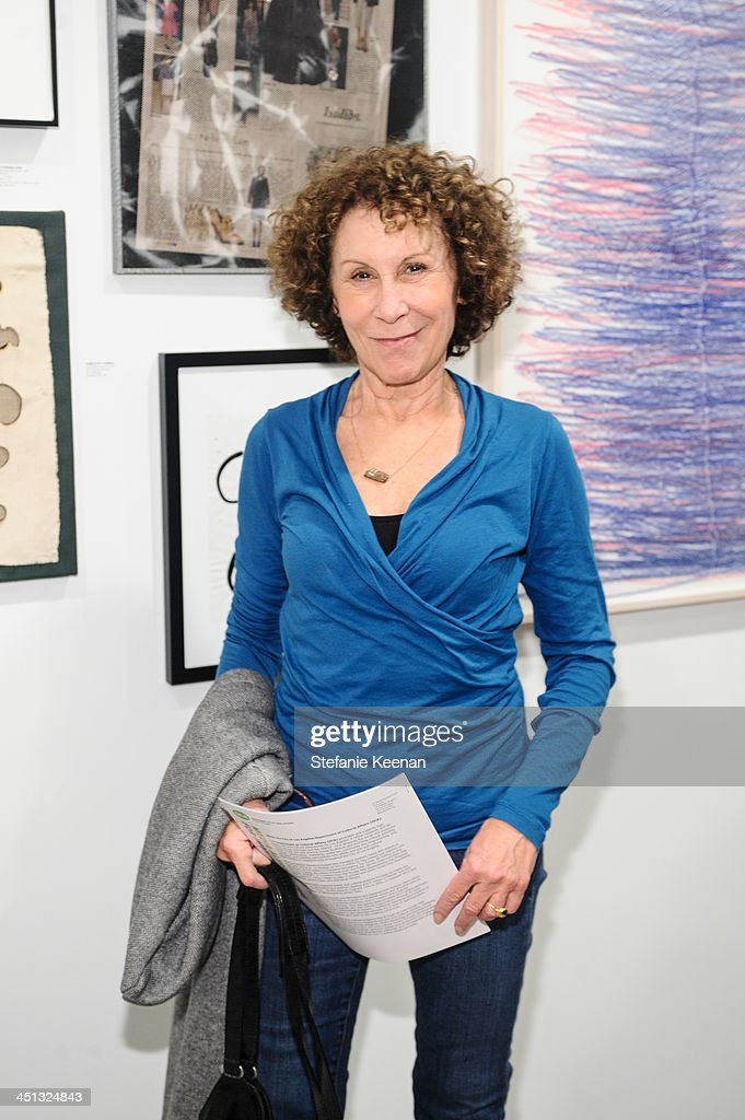 Rhea Perlman attends The Rema Hort Mann Foundation LA Artist Initiative Benefit Auction on November 21, 2013 in Los Angeles, California.
