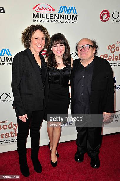Rhea Perlman Lucy DeVito and Danny DeVito attend the International Myeloma Foundation 8th annual comedy celebration 'Celebrity Autobiography' at the...