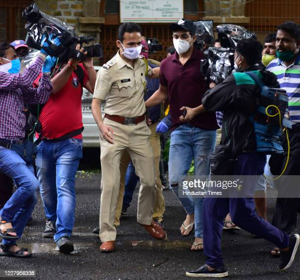 Rhea's brother Showik Chakraborty reaches to ED office at Ballard Estate on August 7 2020 in Mumbai India Actor Rhea Chakraborty has been questioned...