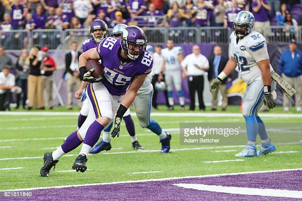 Rhett Ellison of the Minnesota Vikings scores a touchdown during the fourth quarter of the game on November 6, 2016 at US Bank Stadium in...