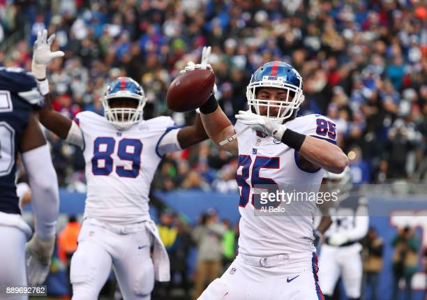 Rhett Ellison of the New York Giants celebrates after scoring a touchdown against the Dallas Cowboys during their game at MetLife Stadium on December...