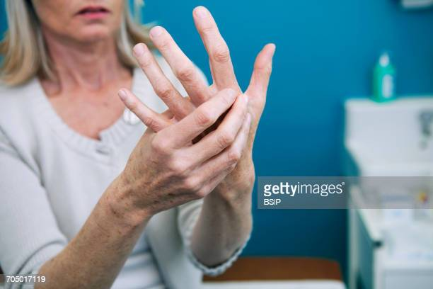 rheumatology, eldery person - osteoarthritis stock photos and pictures