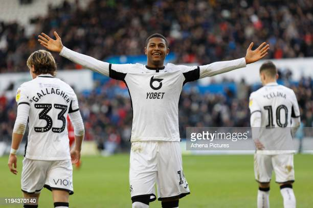Rhian Brewster of Swansea City celebrates his goal during the Sky Bet Championship match between Swansea City and Wigan Athletic at the Liberty...
