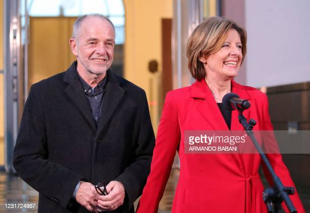 Rhineland-Palatinate's State Premier and top candidate of the Social democratic SPD party Malu Dreyer and her husband Klaus Jensen arrive for a...