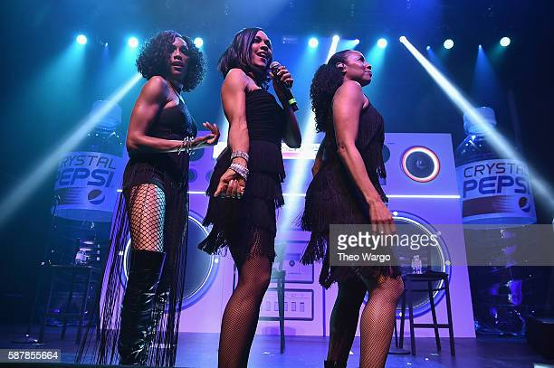 Rhona Bennett Cindy Herron and Terry Ellis of En Vogue perform onstage at Crystal Pepsi Summer of '92 at Terminal 5 on August 9 2016 in New York City